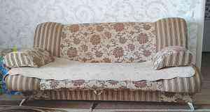 набор мягкой мебели (диван с креслами)