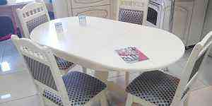 Новый стол и 4 стула