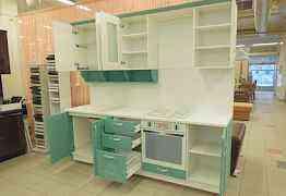 Кухонный гарнитур 2.4м