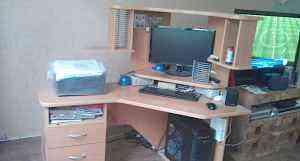 Компьютерный стол (угловой )