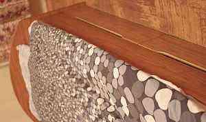 Мебель для детской б/у (стенка и письменный стол)