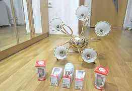 Люстра новая Светодиодные лампочки в подарок