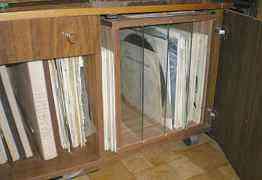 Тумба для виниловых дисков