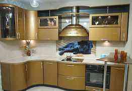 Кухня 1.25м х 3.15м с экспозиции в меб. салоне