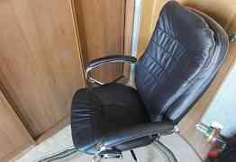 новое кожаное кресло бюрократ T-9950axsn