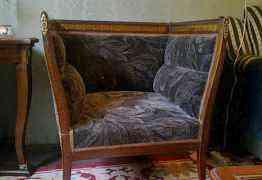 Антикварная мебель из 5 предметов