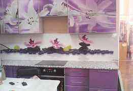 Кухонный гарнитур с фотопечатью , длина 2.8 м