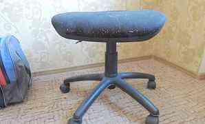 компьютерный стул без спинки (на запчасти)