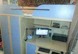 Чердак-кровать, двухярусная кровать с рабочим стол