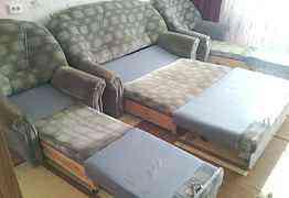 Набор мебели в хорошем состоянии