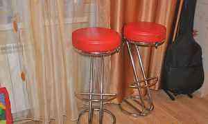 Новый комплект из 2х барных стульев