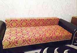 Хороший, удобный диван
